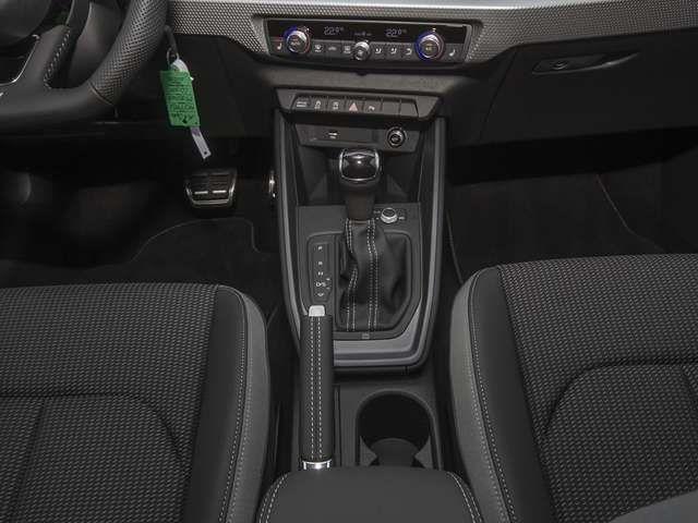 Audi A1 Sportback Sport S Line 40 TFSI NAVI+Alu-18`