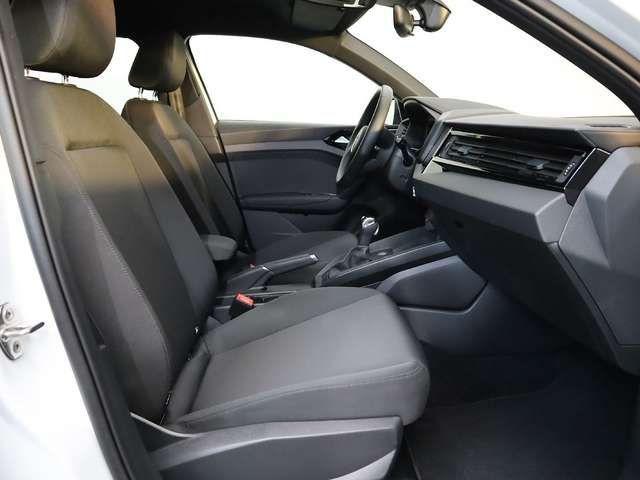 Audi A1 advanced 30 TFSI S tronic, Navi LED