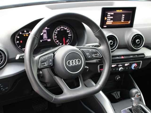 Audi Q2 2.0 TFSI quattro Sport, LED Scheinwerfer, Rückfah
