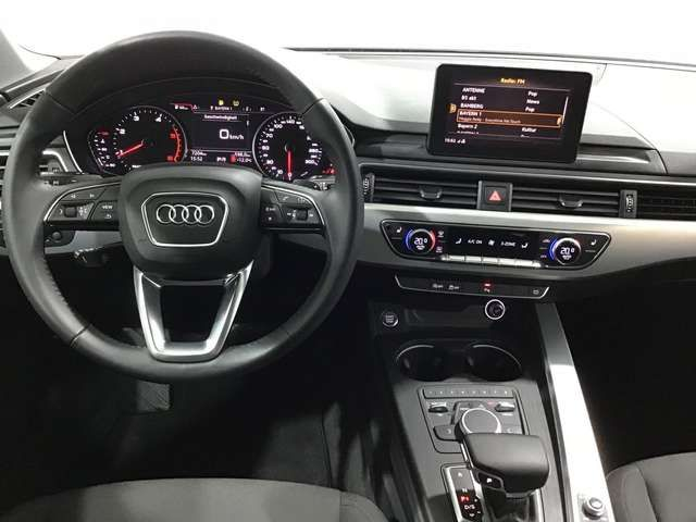 Audi A4 Avant 35 TDI S-TR DESIGN 5JG+XENON+NAVI+GRA