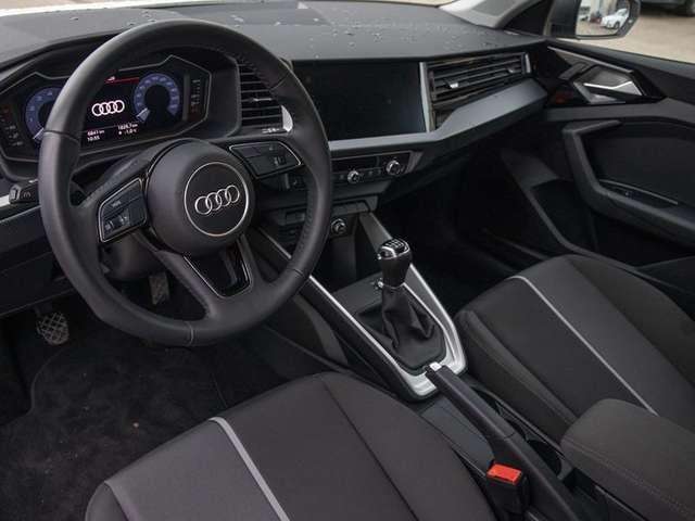 "Audi A1 30 TFSI *DAB*GRA*PDC*SHZ*16""*"