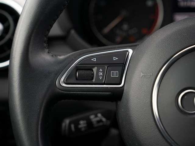 """Audi A1 Sport 1.4 TFSI *NAVI*XENON*GRA*16""""*"""