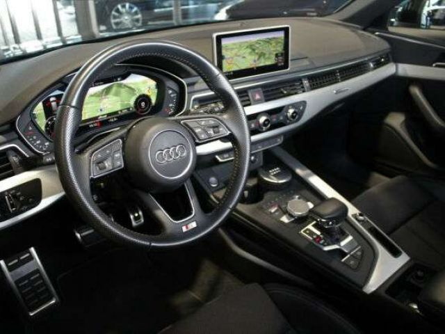 Audi A4 Avant 2.0 TDi quattro S line LED Virtual