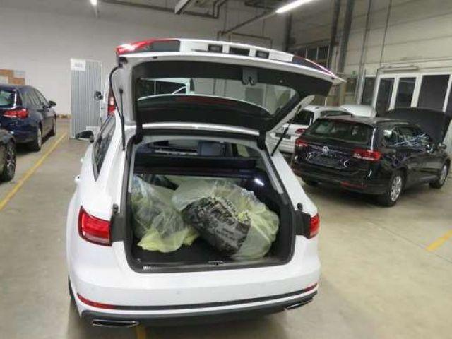 Audi A4 Avant 2.0 TDI S tronic Xenon Navi PDC