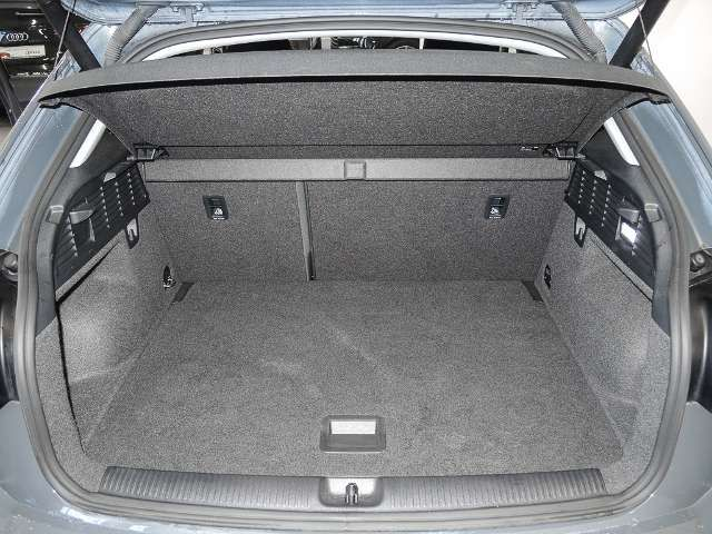 Audi Q2 1,4 TFSI Sport S tronic LED*SHZ