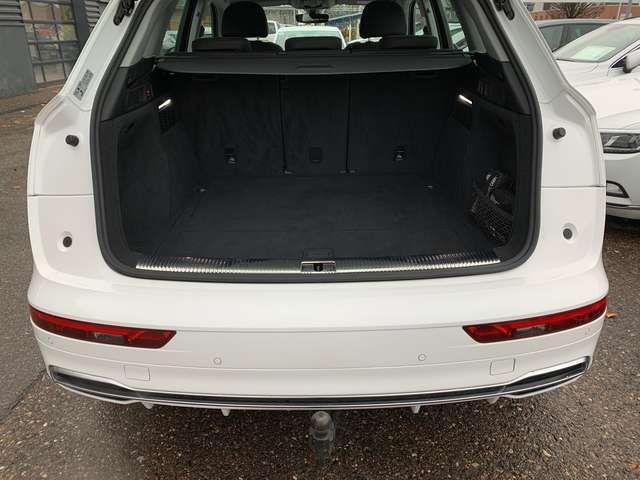 Audi Q5 40 TDI quattro sport AHK LED ACC Climatr