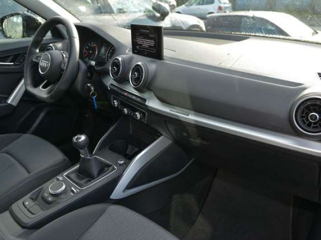 Audi Q2 Sport 30 TFSI LED Navi AHK SHZ