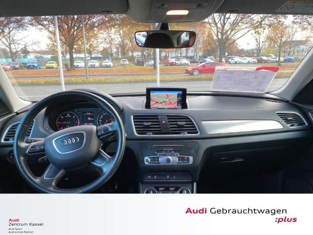 Audi Q3 2.0 TDI S line Navi LED DAB Tempomat PDC v+h