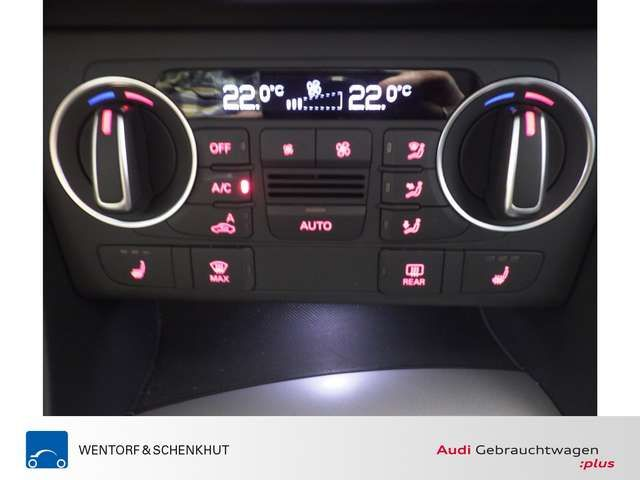 Audi Q3 2.0 TDI quattro sport Navi PDC SHZ