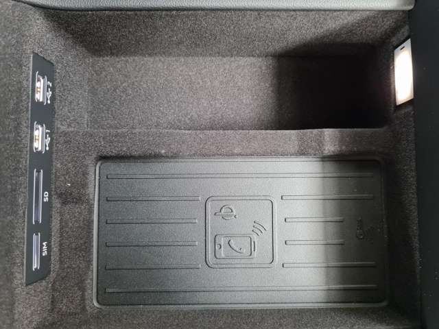 Audi A6 50 TDI quattro Head Up Display