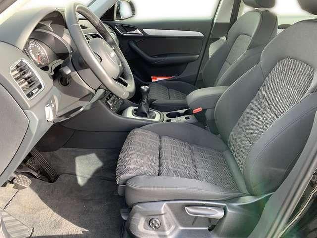 Audi Q3 Sport 1.4 TFSI 6-Gang / MMI-Radio, Xenon