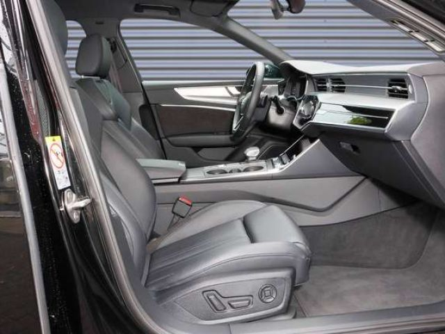 Audi A6 Avant sport 45 TDI quattro*AHK*Leder*Panorama*M
