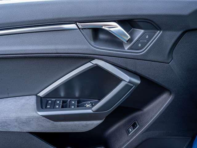Audi Q3 35 TDI S tronic S line AHK Navi LED
