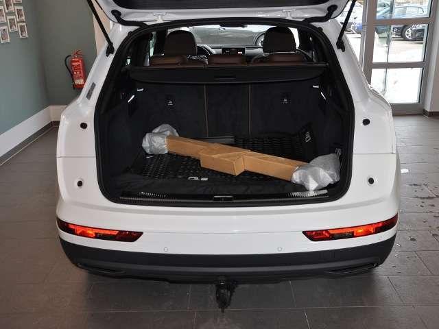 Audi Q5 40TDI Quattro Stadt Tour Matrix AHK 5J Gar