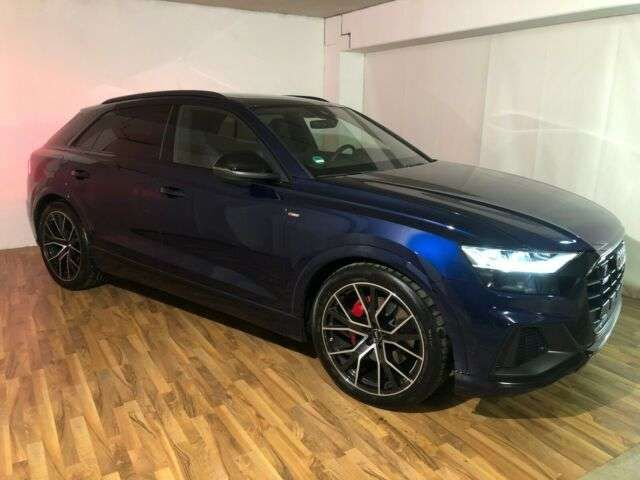 Audi Q8 50 TDI quattro,4 J. Gar.,MATRIX,AHK,Standheiz