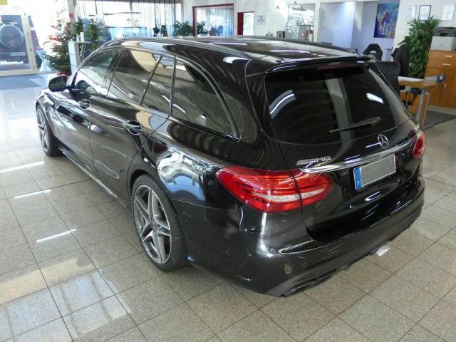 Mercedes-Benz C 63 AMG