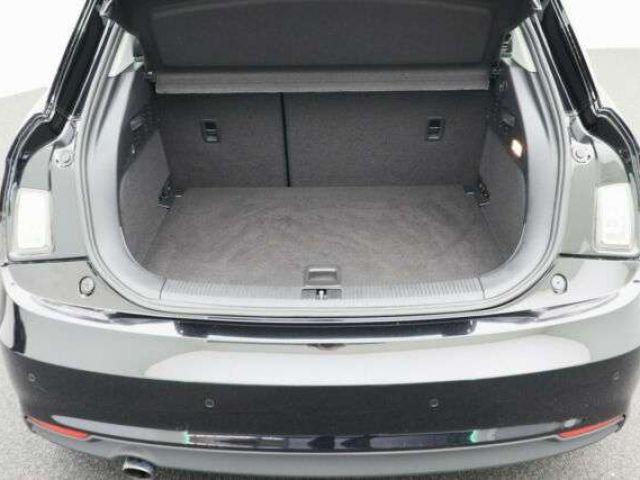 Audi A1 Sportback sport Navi 4Türen Teilleder