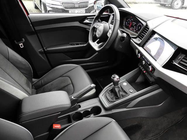 Audi A1 1.0 TSI *LED*NAVI*S-LINE*SZH*DAB*