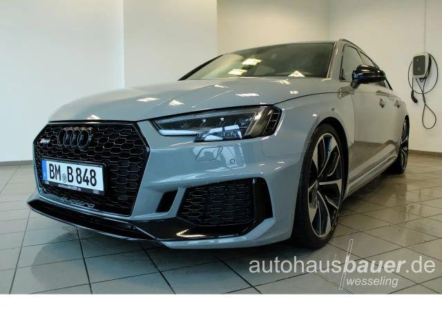 Audi RS4 2018 Benzine