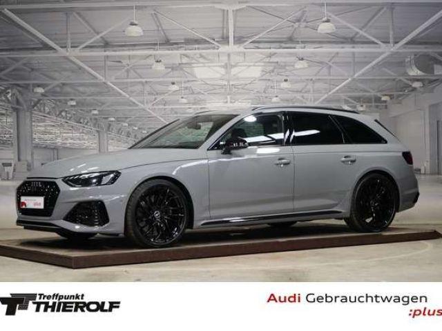 Audi RS4 2021 Benzine