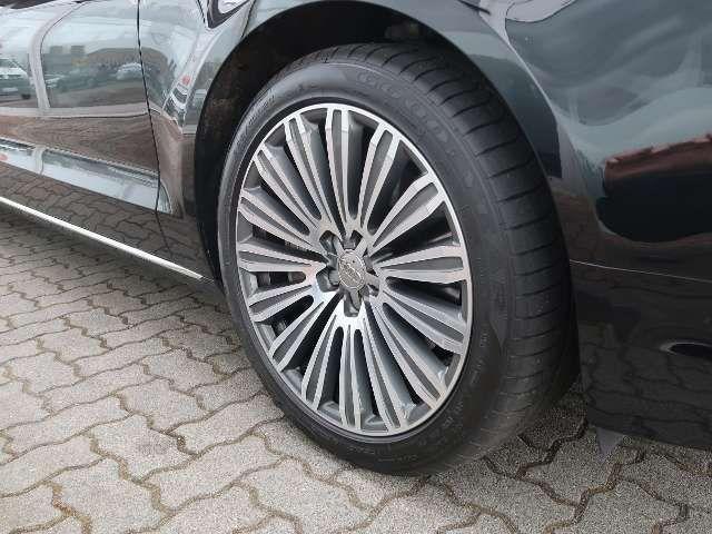 Audi A8 lang 3.0TDI QUATTRO+. B&Oadv.+STHZ+PANODACH+HUD+M