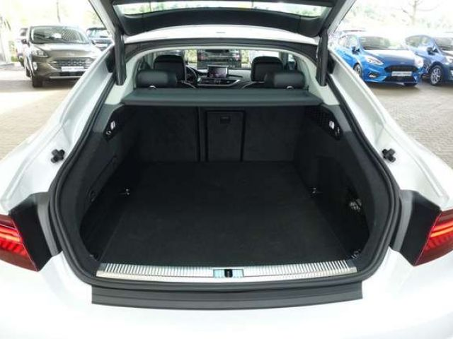 Audi A7 A7 3.0 TDI ultra S tronic/ NP: 72.660 €!!!