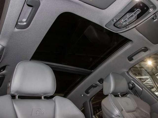 Audi Q5 55 TFSIe quattro S tronic+NAVI+S LINE+LED+PDC