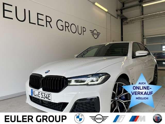 BMW 545 2021 Hybride / Benzine