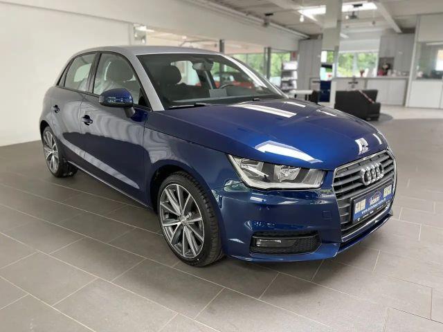 Audi A1 Sportback 1.0 TFSI sport ultra Sitzheizung+Tempoma