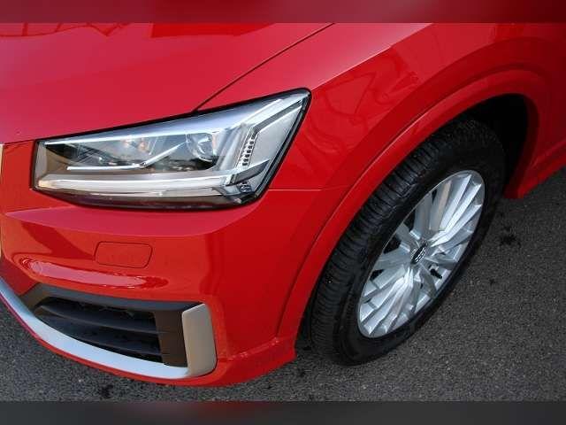 Audi Q2 30 TDI Design, LED Scheinwerfer, Navi, Panoramada
