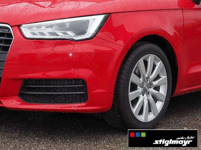 Audi A1 Sportback 1.6 TDI NAVI+PDC+SITZHEIZUNG+XENON