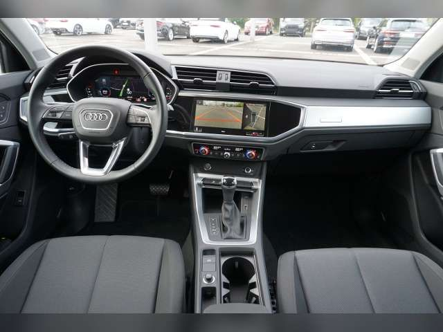 Audi Q3 2,0 TDI advanced LED AZV