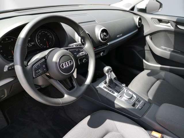 Audi A3 35 TFSI cylinder on demand Limousine S tronic