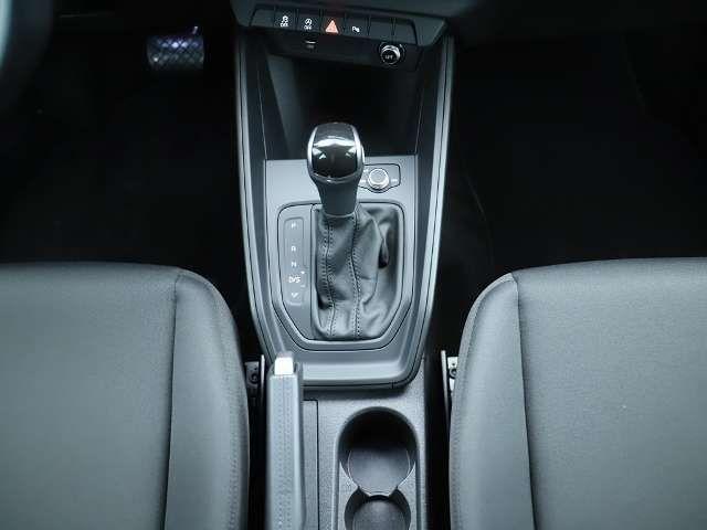 Audi A1 Sportback 1.0 TFSI LED Navi PDC GRA Sitzheizg.