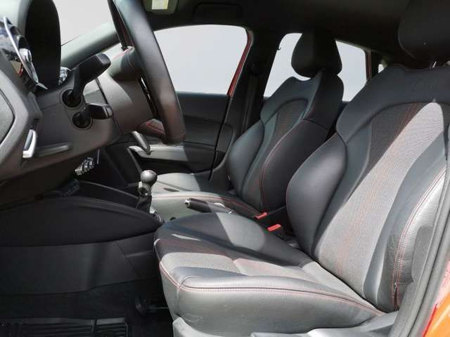 Audi S1 quattro Navi Xenon Tempomat Sitzhei