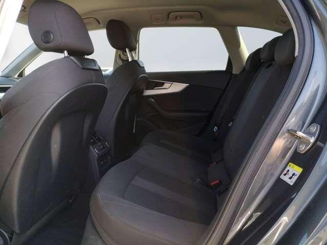 Audi A4 Avant 2.0 TDI S-tronic S-Line AHK Navi LED AC