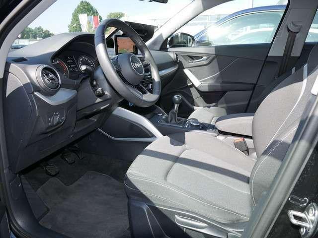 Audi Q2 30 TFSI sport AHK LED Navi Sounds. DAB SHZ