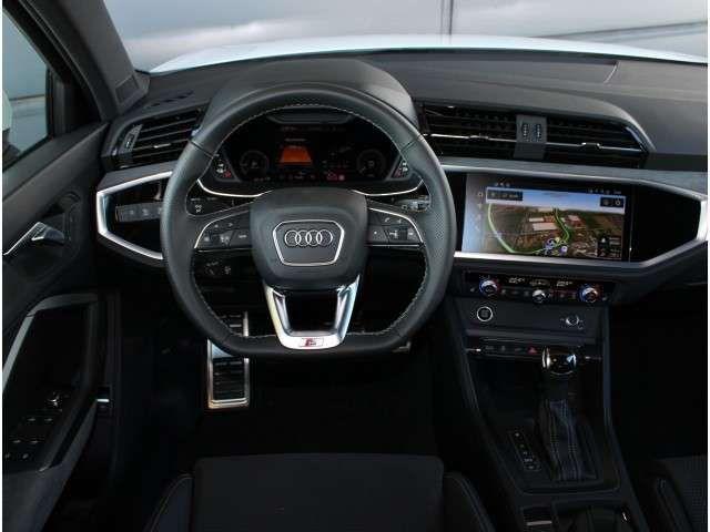 Audi Q3 45 TFSIe S-Line,S-tronic,MMI Navigation Plus,