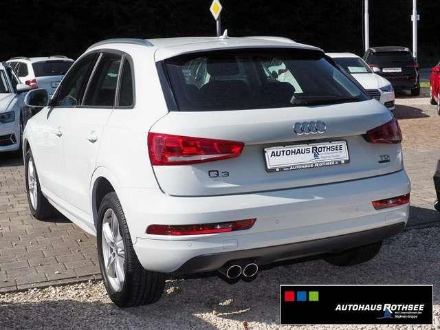 Audi Q3 sport 2.0 TDI quattro KAMERA+NAVI+XENON+18`