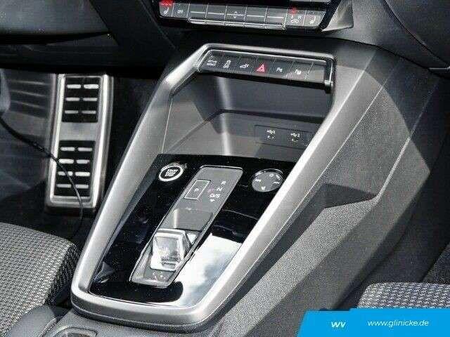 Audi A3 Sportback 40 TFSI e S line LED Navi ACC Keyless Pa