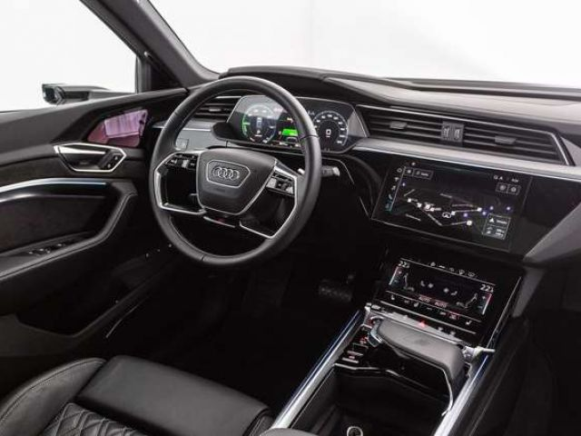 Audi e-tron S Sportback qu. LED HUD NAVI PANO