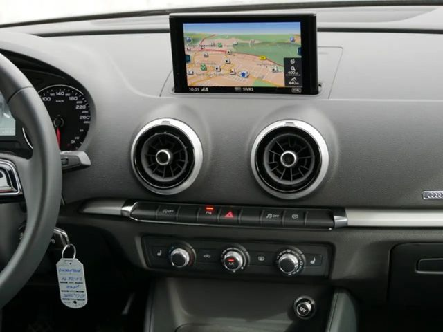 Audi A3 Limousine 30 TFSI Tempomat Navi Xenon Xenon+Kl