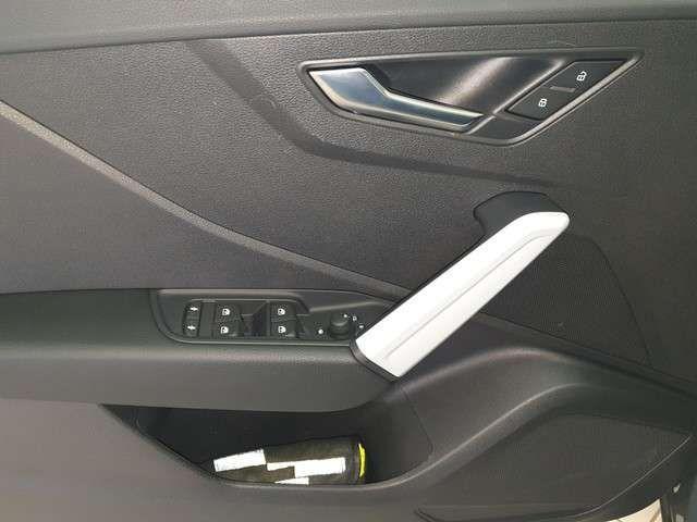 Audi Q2 design (Garantie 03/2025,LED,Navi,DAB,Bluet.EPH
