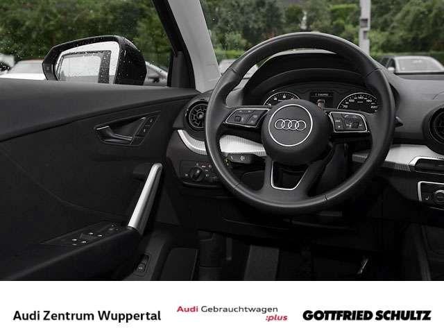 Audi Q2 1.0TFSI CONNECT SHZ NAV MUFU FSE BT 16ZOLL Design