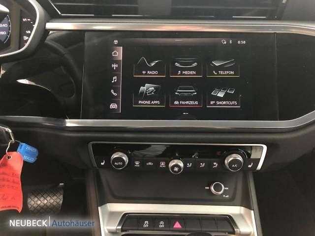 Audi Q3 advanced 35 TFSI S tronic AMBIENTE AHK AUDI LED