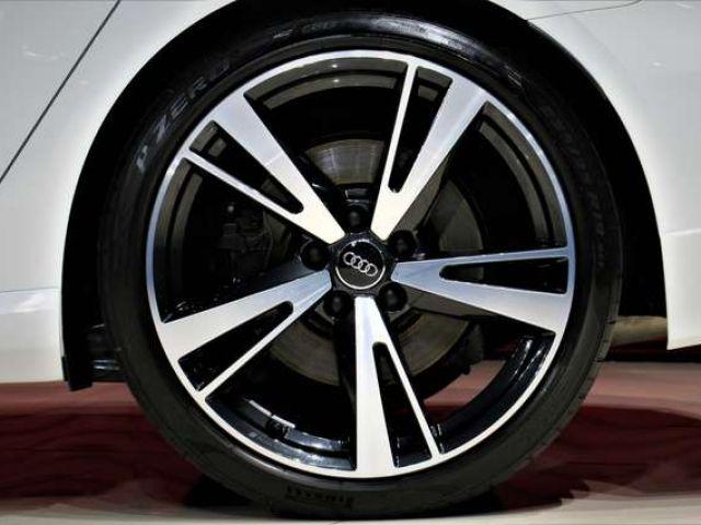 Audi RS3 Sportback 2.5 TFSI*KOMFORT*LED*PANO*1.HAND*