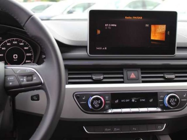 Audi A4 Avant 35 TDI Navi Xenon SHZ