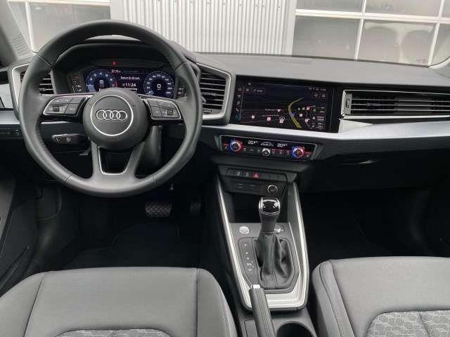 Audi A1 Sportback 35 TFSI S tronic LED PDC Nav Temp.