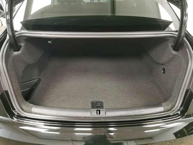 Audi RS3 Lim. 2.5 TFSI quattro LED Navi Leder