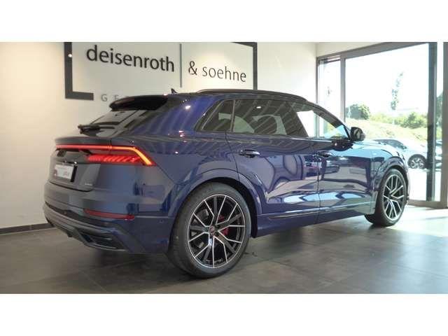 Audi Q8 55 TFSI e quattro S line/AHK/HUD/22''/B&O/HD Matri